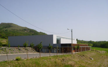 Salle des sports - Rue du Stade à La Roche Blanche